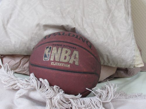 Why It's So Hard to Sleep in the NBA by Kelly Bulkeley
